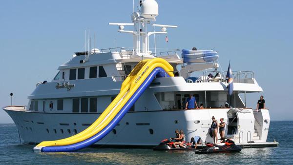 Christensen motor yacht Sweet Escape for sale