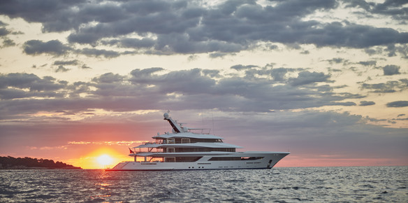 The Largest Yachts at the Dubai International Boat Show