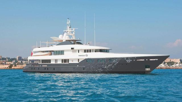 Feadship motor yacht Princess Too back on the market