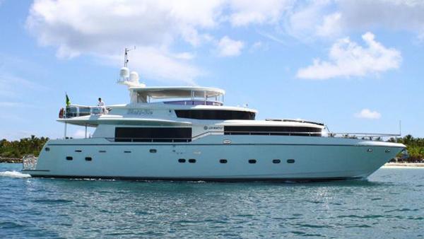 Johnson motor yacht Sixty-Six back on the market