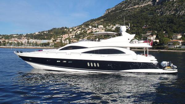 Sunseeker motor yacht Z of Monaco sold