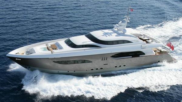 Tamsen motor yacht taTii back on the market