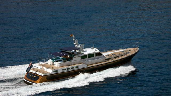 Further price cut on Nelson motor yacht Blue Legend