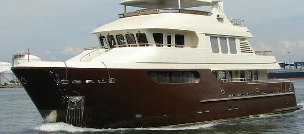 Jade Yachts - 90'Specs